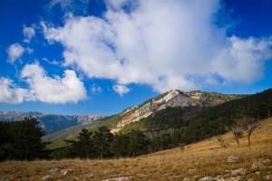 Вершина Ай-Лия-Сырым и тропа Устрея-Богаз